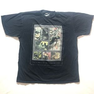 Medium Batman Comic Hero Men's Tee Shirt